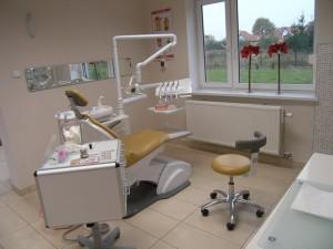 Jeden z trzech gabinetów stomatologicznych